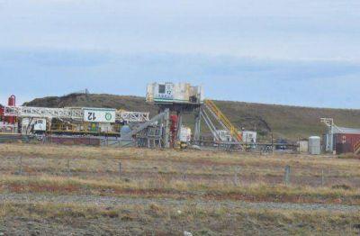 Preocupación ante el inminente retiro de equipos de perforación petroleras