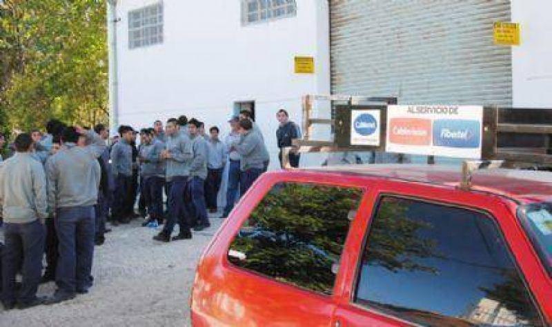 Trabajadores de empresa contratada por Cablevisión se manifestarán ante el Ministerio de Trabajo