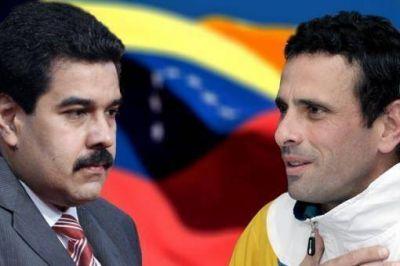 Maduro y Capriles firman un acuerdo para respetar los resultados