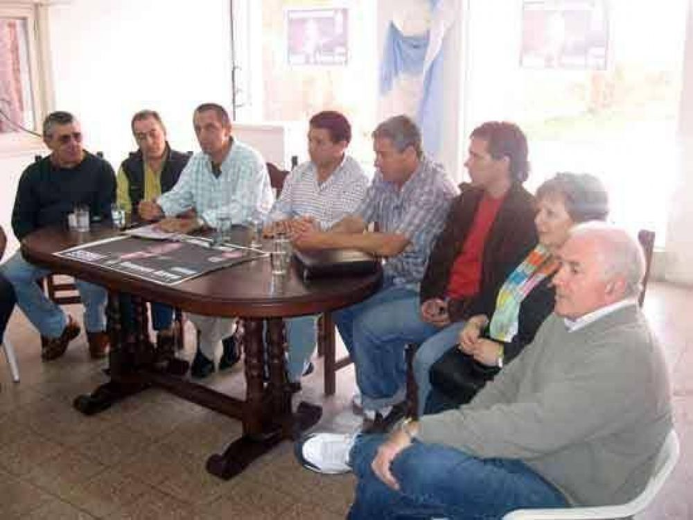 """Los """"sciolistas de la Macaya"""" se unen al PJ local"""