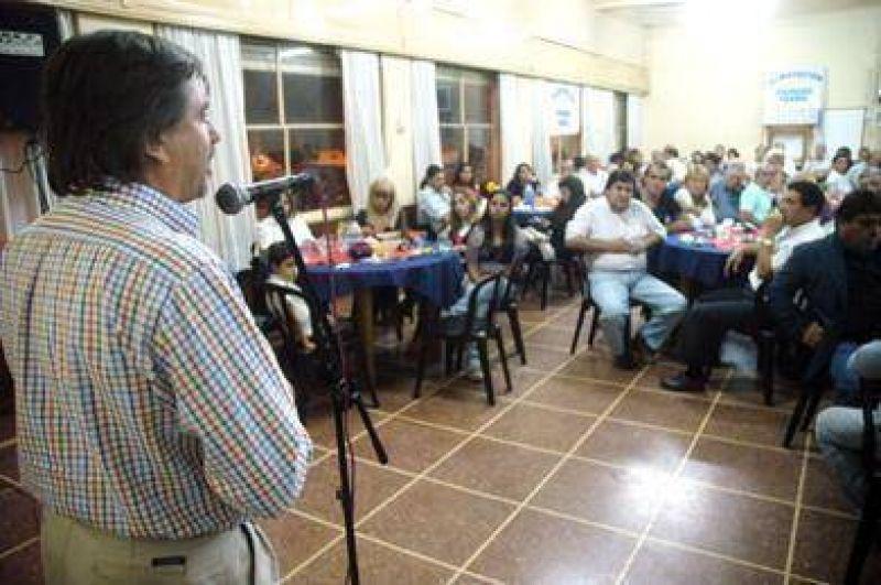 El Justicialismo de Tandil vislumbra la candidatura de Auza con se�ales de unidad