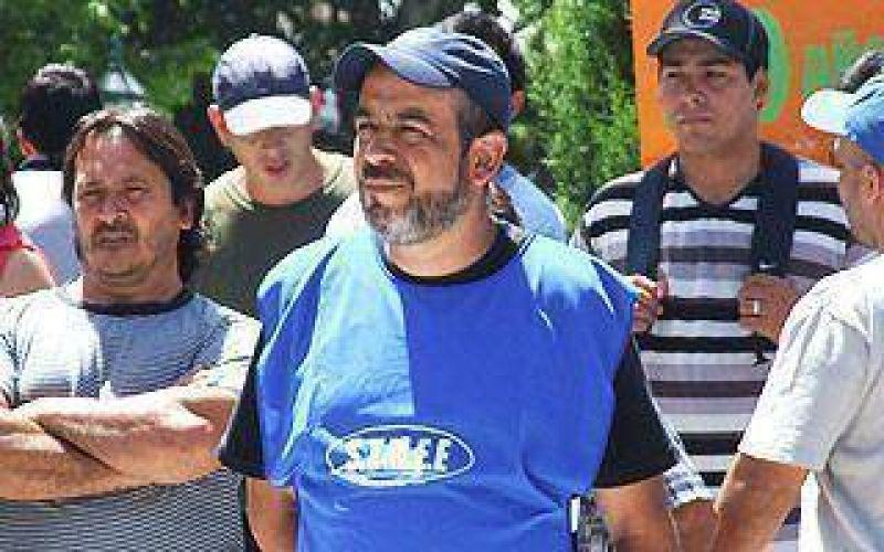 Echeverria: Municipales pidieron un aumento salarial del 30%