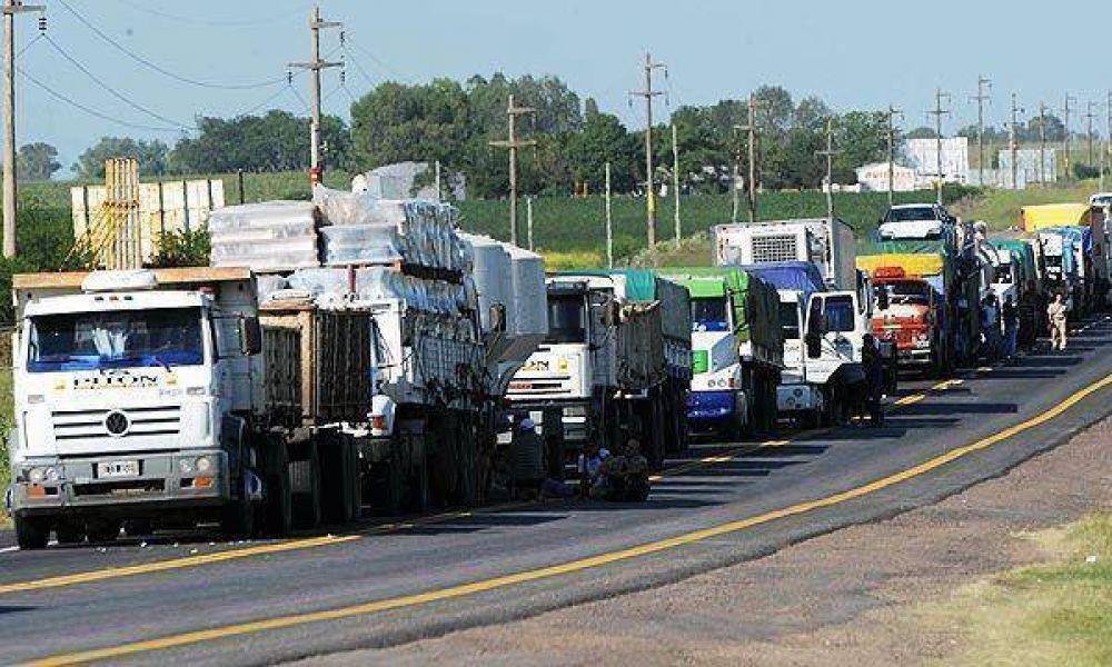 Reclamo de camioneros en la Empresa Ingredion Planta Baradero…