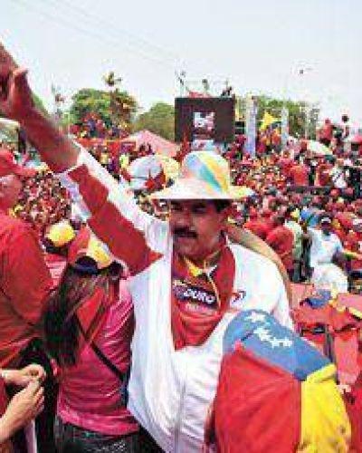 Maduro cerró su campaña con la ayuda del Diez