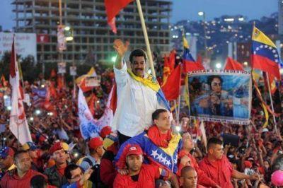 Maduro y Capriles cerraron sus campañas presidenciales en Caracas