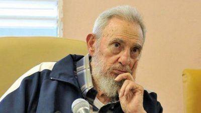 Fidel se quebr� al rendirle tributo a Ch�vez