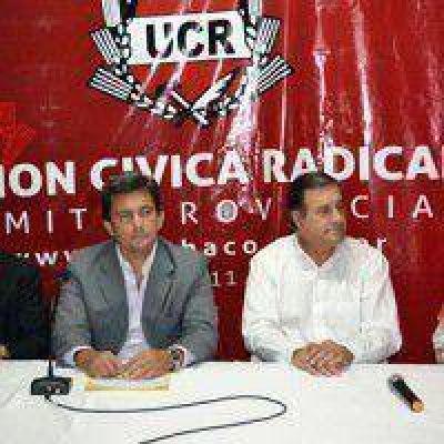 Homenaje a monseñor Sigampa en la sede de la UCR