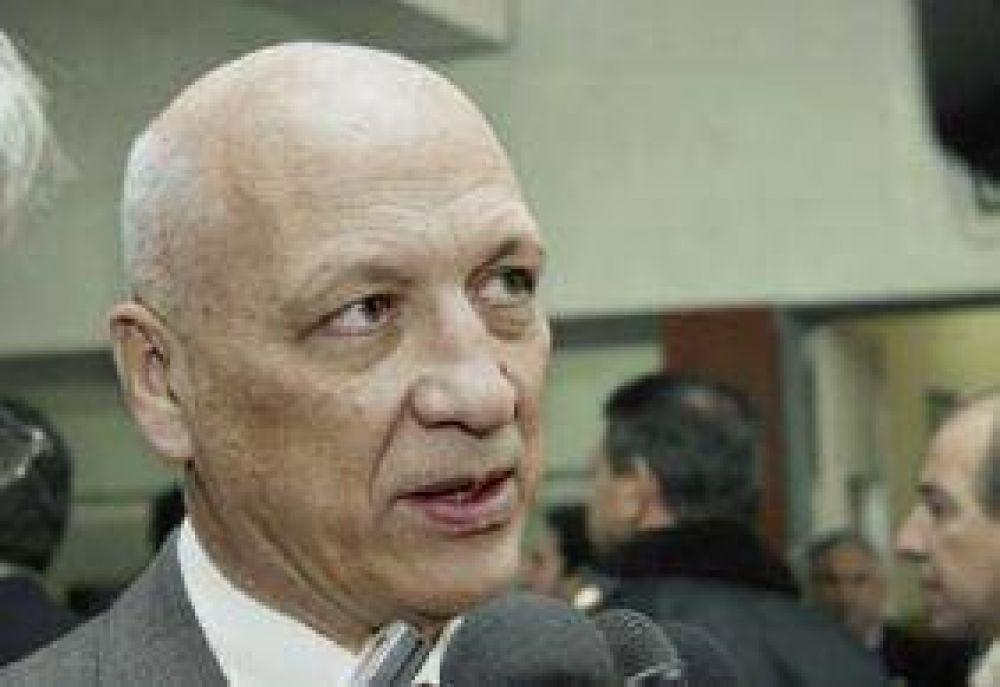 Muertos en padrones: Bonfatti se reunió con el responsable nacional