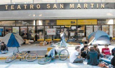 Macri alquiló el Teatro San Martín para dos jornadas espirituales VIP