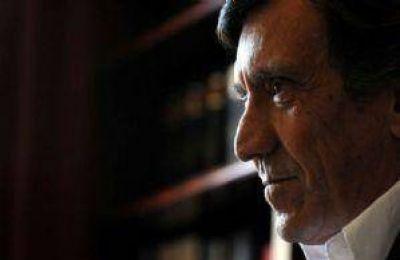 """Arturo Lafalla: """"La política debe recuperar poder y prestigio porque si no deciden otros"""""""