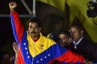 Sorpresa y tensión en Venezuela: Maduro logró una ajustadísima victoria, que Capriles no reconoce