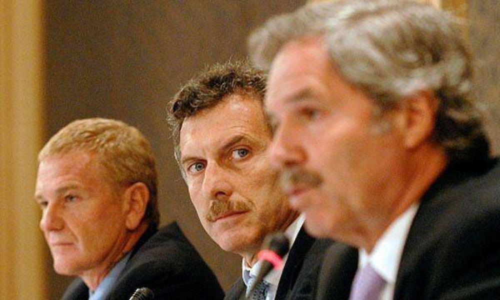 De Narváez, Macri y Solá mantienen un encuentro con la Mesa de Enlace
