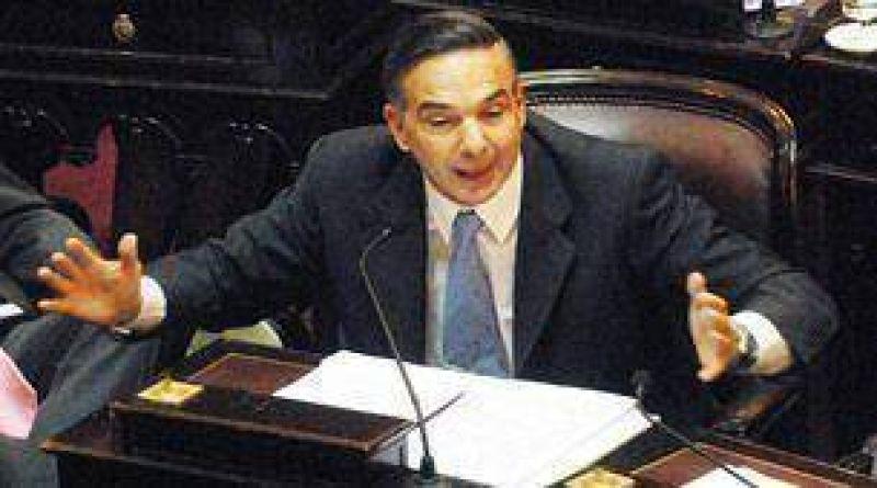 Para Pichetto, declarar Emergencia Sanitaria hubiera sido un suicidio