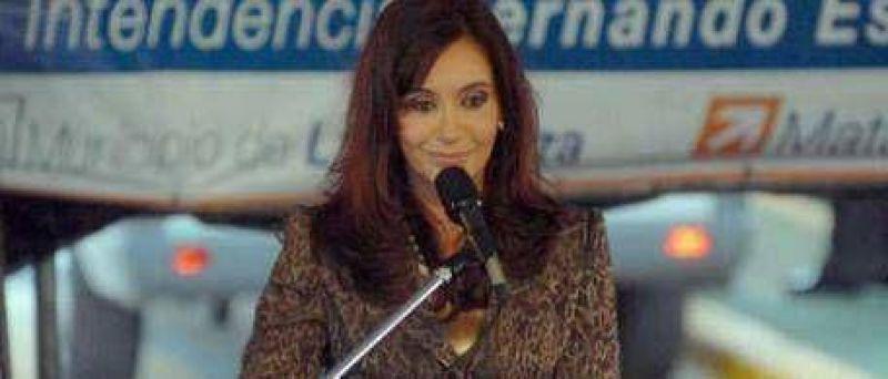 Cada vez que Cristina da un discurso, desciende el rating del estatal Canal 7
