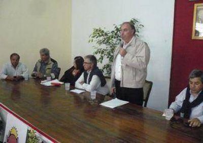 Reunión Seccional de UCR en San Pedro.
