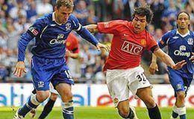 El Manchester de Tevez se qued� fuera de la FA Cup.