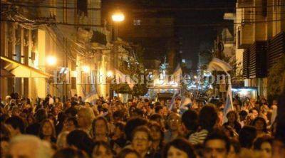 El 18A en Salta: Cientos de personas marcharon frente a la Legislatura