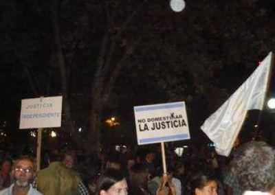 Importante manifestación anti K en Areco.