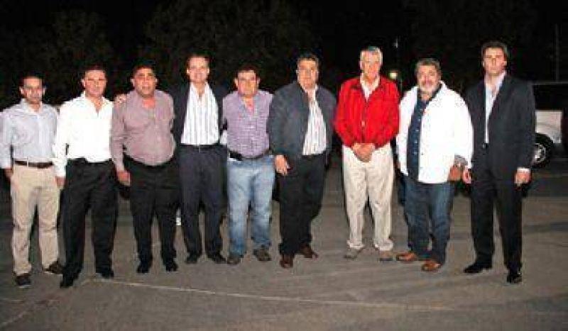El lìder nacional de la UOCRA pasó por San Juan y firmó convenios con la Provinca