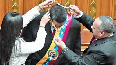 Asumió Maduro como primer presidente chavista de la historia