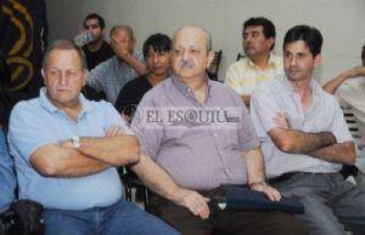 Brizuela del Moral asegur� que el Gobierno est� �destruyendo la provincia�