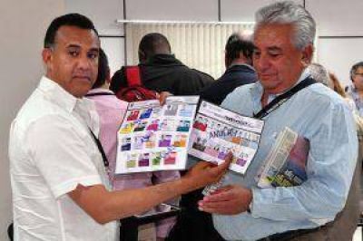 Paraguay elige presidente a diez meses de la destitución de Lugo