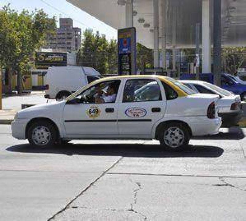 Taxistas pedirán un aumento de tarifas de entre el 8 y 12%