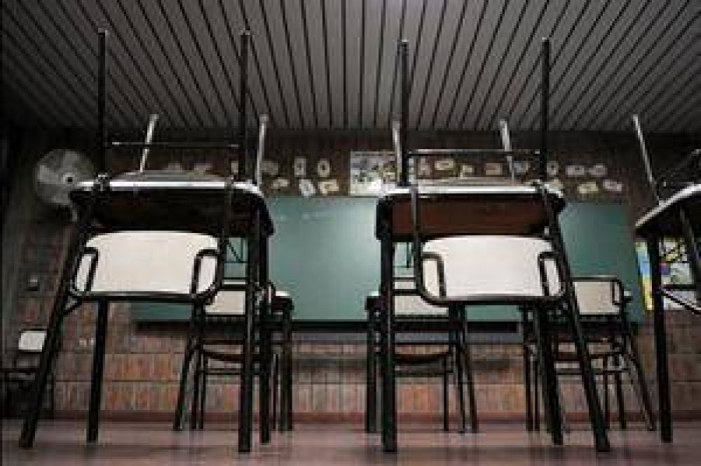 Tras rechazar la oferta de Scioli, docentes bonaerenses anunciaron un nuevo paro