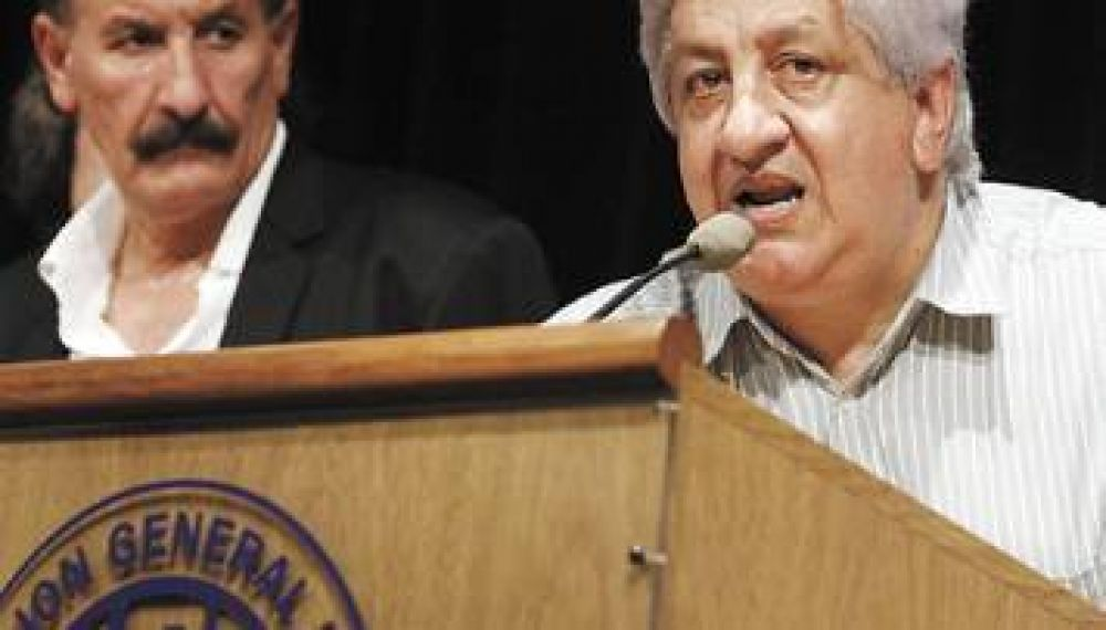 Grietas en la CGT de Moyano por la postura de sus dos legisladores