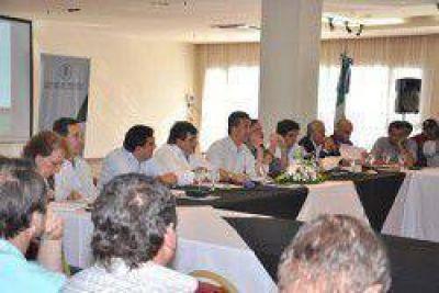 Presentaron proyecto de fondo compensador de riesgos climáticos del sector agrícola