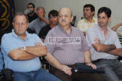 Continúan las declaraciones cruzadas por la salida de Brizuela del Moral