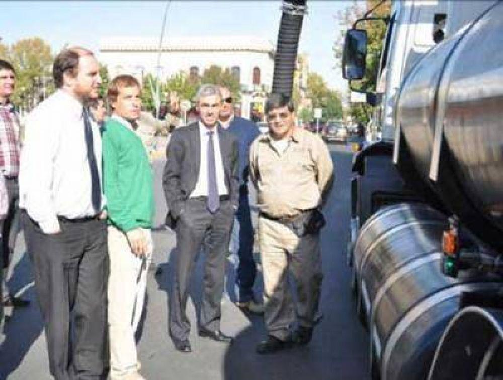 La municipalidad de Junín incorporó un camión desobstructor para cañerías y desagües