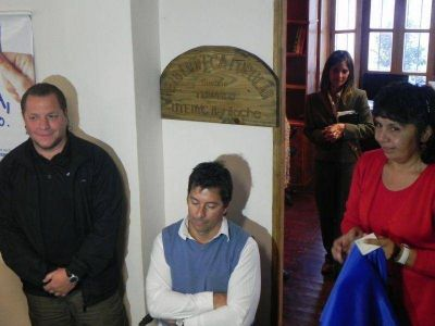 "UTEDYC Bariloche inauguró la biblioteca ""Susana Trimarco"""