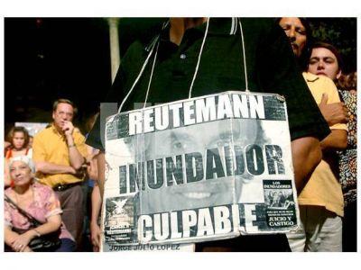 Carlos Reutemann declarará en la causa Inundación 2003