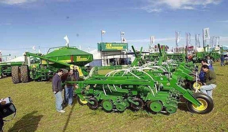 Agromáquinas: los reintegros no alcanzan a los contratistas