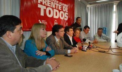 """Para la Alianza la """"desmentida del gobernador suma más sospechas sobre la vinculación con Fariña"""""""