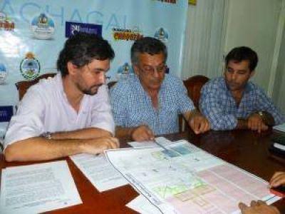 Gobierno y Machagai firmaron convenio para la regularización de parques industriales