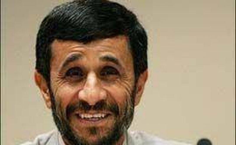 """Ahmadinejad redobla la apuesta y acusa a Occidente de """"intolerante"""""""