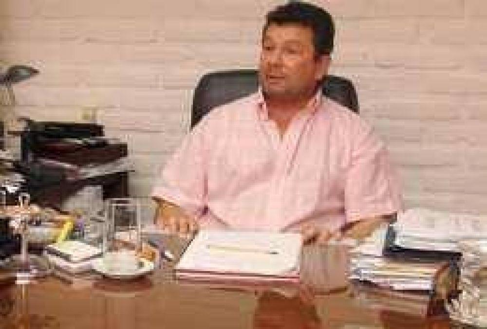 El único intendente radical no quiere aliarse con peronistas