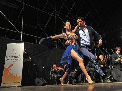 En Buenos Aires, un tango y una flor para Máxima