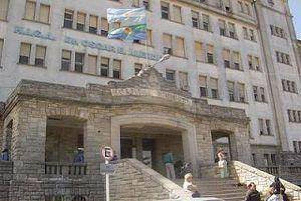 Médicos siguen hoy de paro y judiciales volverán el viernes a la huelga