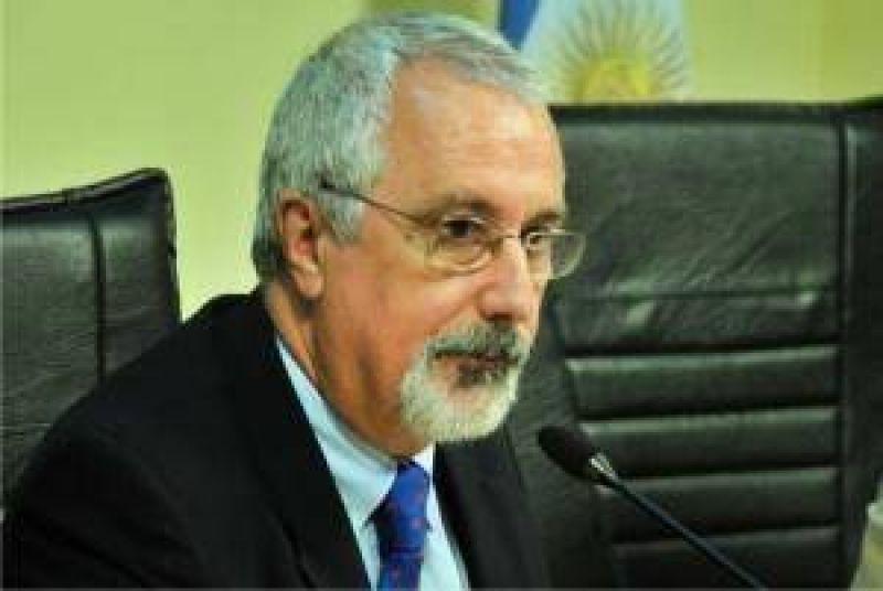 """El titular del InSSSeP se puso a disposición del Ombudsman para """"colaborar en la resolución de conflictos"""""""
