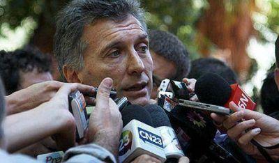 Bergel pide juicio político para Macri