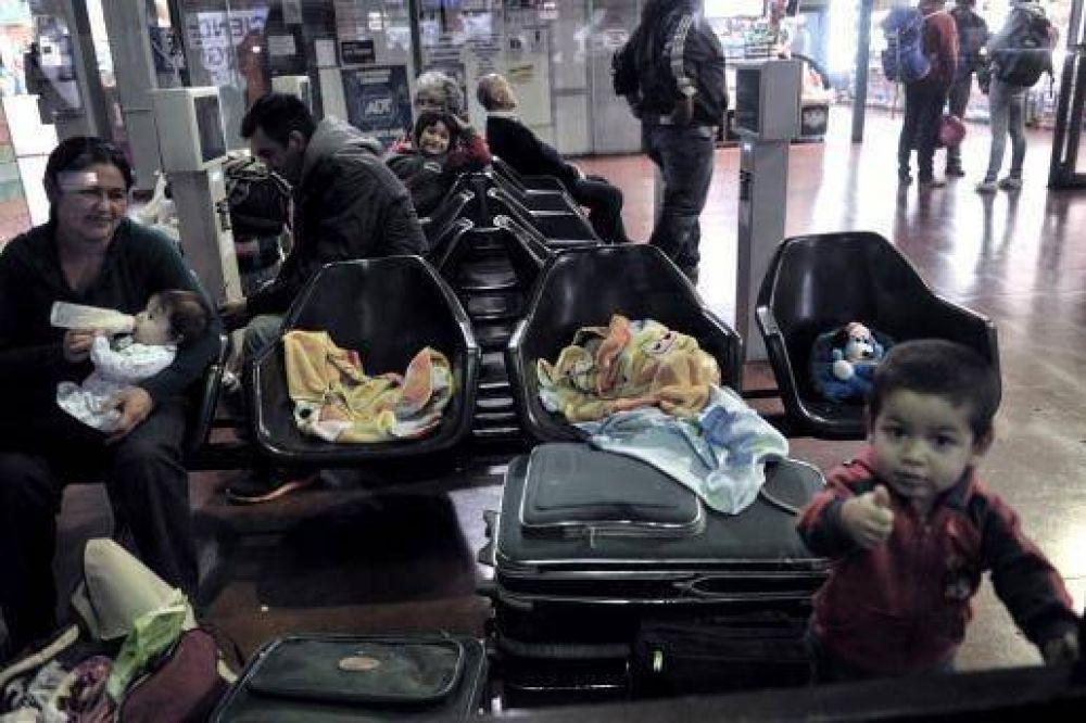 El Gobierno no logró destrabar el paro de UTA y los pasajeros siguen varados