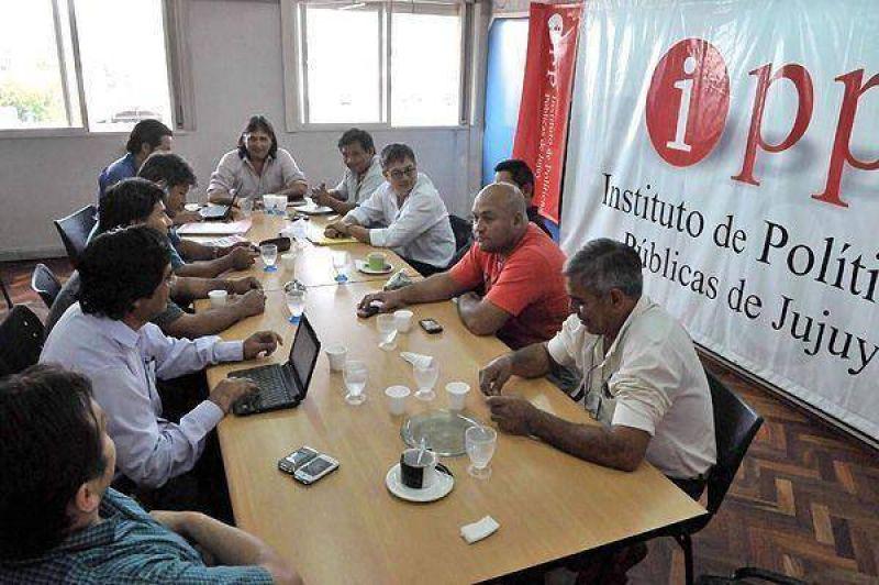 Azucareros de Jujuy y Salta se declararon en conflicto por falta de paritarias