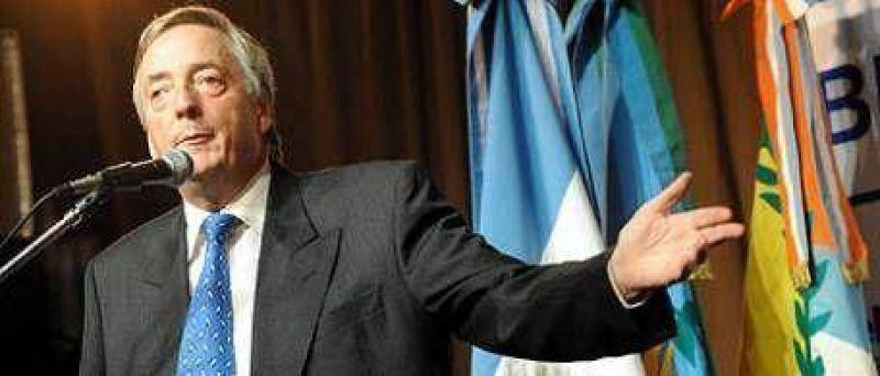 """Kirchner: """"Voy a hacer lo que me pidan los amigos"""""""