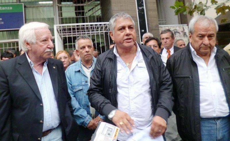 La UOCRA movilizada por los 400 trabajadores despedidos en Isidro Casanova