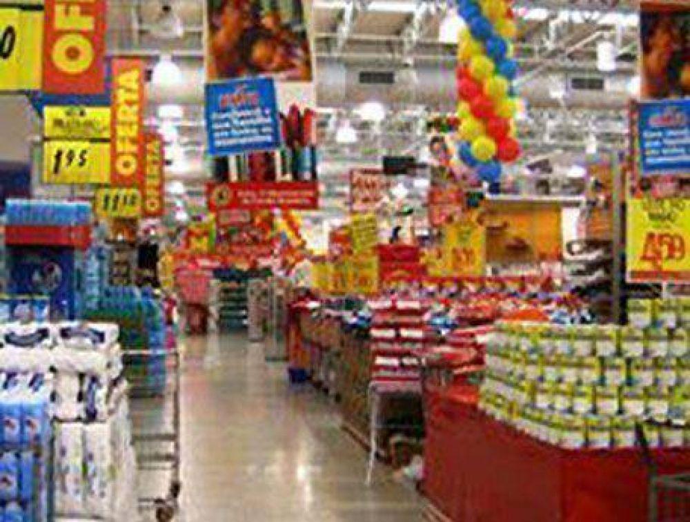 Acuerdo entre la Cámara de supermercados y la CGT local: Anunciaron los 15 productos que tendrán rebajas