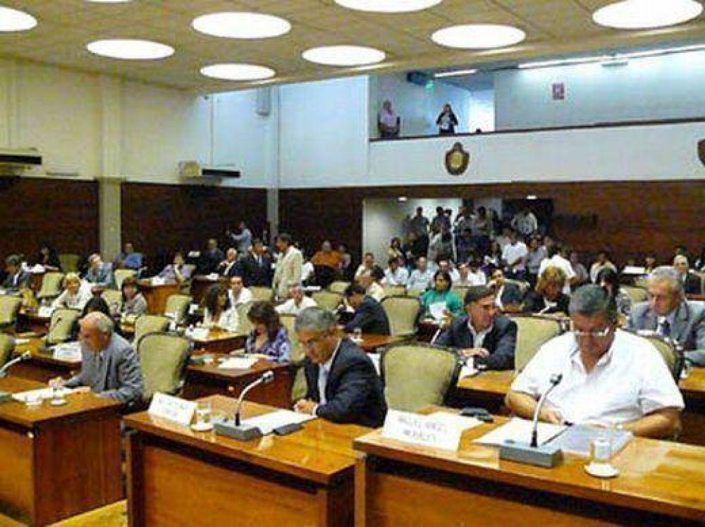 Sesión en la Legislatura: tema principal medio ambiente