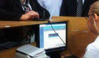 La orden web llega a otros dos centros de salud
